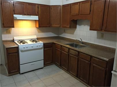HUGE 4 bedroom Townhome in Norristown